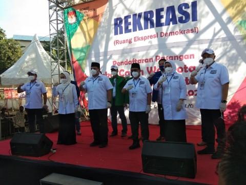 Munafri - Rahman Mendaftar di KPU Makassar