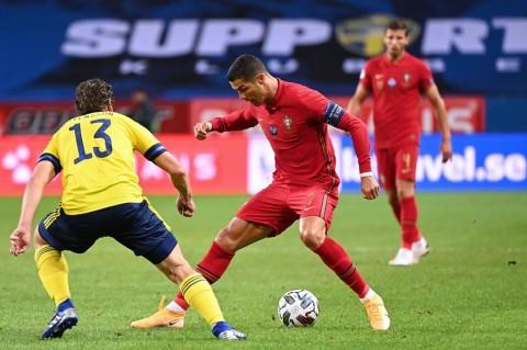 Ronaldo Incar Rekor Mantan Bintang Iran