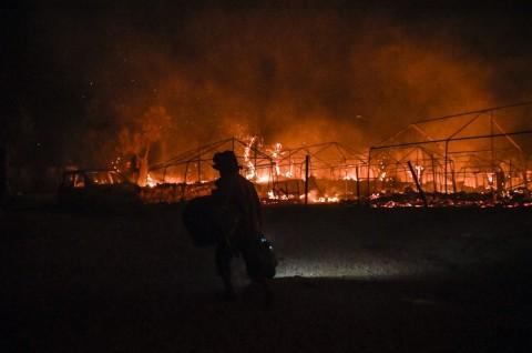 Kebakaran Landa Penampungan Pengungsi Terbesar di Yunani