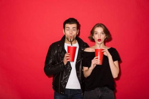 Apakah Minuman Soda Bikin Kita Lebih Sering Buang Air Kecil?