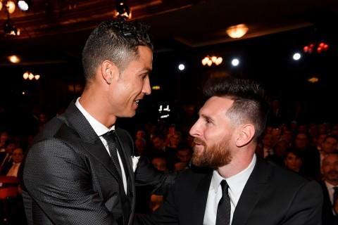 Lionel Messi Mengungguli Cristiano Ronaldo di Rating FIFA 21