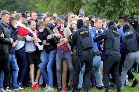 400 Orang Ditangkap dalam Demo Lanjutan Belarusia