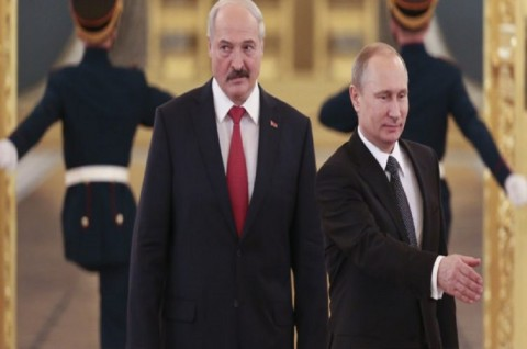 Lukashenko Tinggalkan Belarusia untuk Bertemu Putin