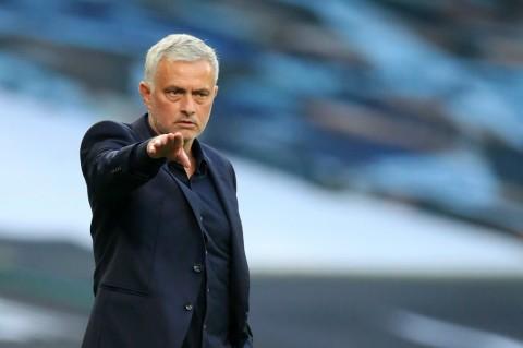 Mourinho Beberkan Penyebab Kekalahan Spurs dari Everton