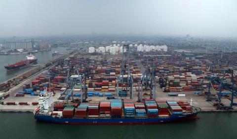 Kemenperin Lepas Ekspor 1.200 Ton Baja ke Pakistan