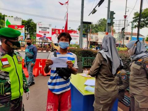 Kesadaran Warga Pakai Masker di Tangsel Menurun