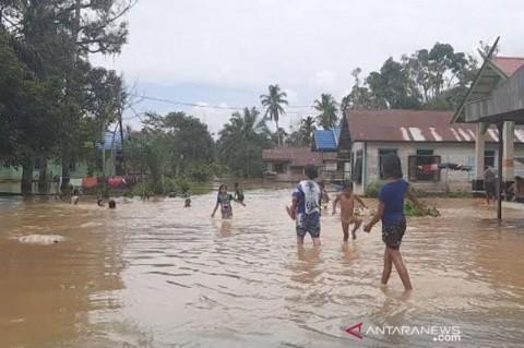 1.000 Rumah di Gunung Mas Kalteng Terendam Banjir