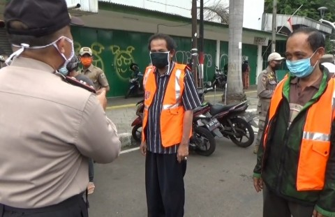 15 Warga DKI Terjaring Operasi Yustisi di Tugu Tani