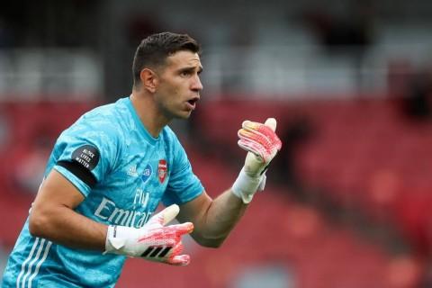 Arsenal Lepas Emi Martinez ke Aston Villa