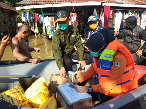 Floods Force 720 People to Relocate in West Kalimantan