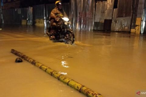 Banjir dan Longsor di Sorong, Ibu dan Anak Tewas
