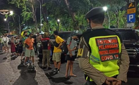 Operasi Yustisi di Surabaya Jaring Ratusan Warga Tak Bermasker
