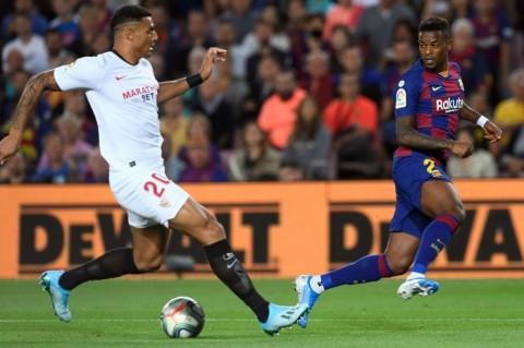 Diminati Manchester City, Bek Sevilla Pilih Bertahan