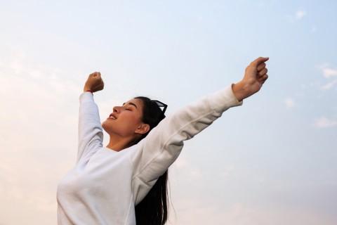 Meredakan Stres dengan Teknik Latihan Pernapasan di Pagi Hari