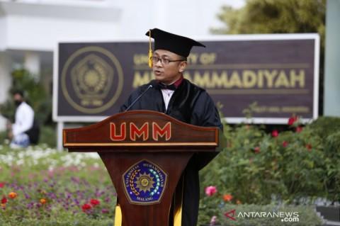 Cegah Covid-19, Pengukuhan Guru Besar UMM Digelar <i>Outdoor</i>