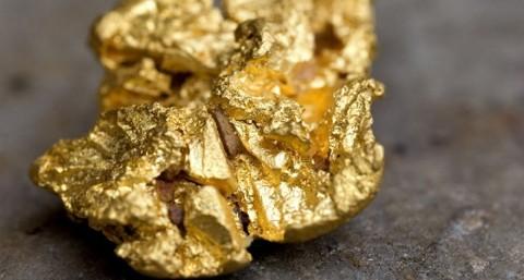 Aksi Ambil Untung Gerus Pesona Emas Dunia
