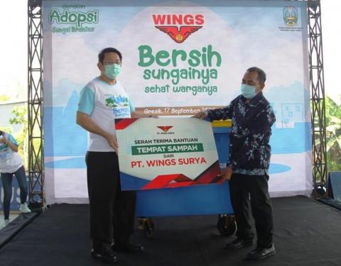 Gaet Pemprov Jatim, Wings Group Indonesia Bersih-bersih Kali Tengah, Gresik