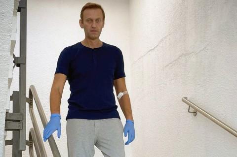 Navalny Posting Foto Dirinya Tengah Belajar Berjalan