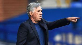 Ancelotti Akui Everton Terbantu dengan Kartu Merah West Brom