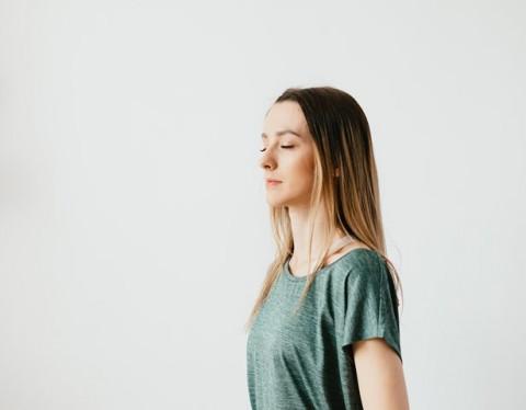 Ketahui Manfaat 'Mendengarkan' bagi Tubuh dan Otak