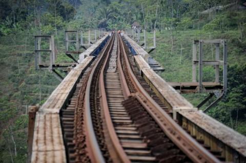 Reaktivasi Jalur KA Cianjur-Ciranjang-Cipatat Diresmikan