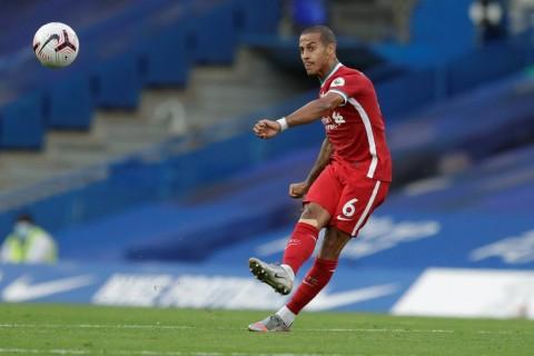 Debut di Liverpool, Thiago Alcantara Ciptakan Rekor Operan di Liga Inggris