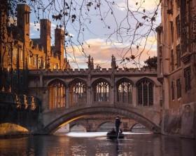 6 Alasan Inggris Raya Menjadi Tujuan Wisata Terbaik saat Musim Gugur