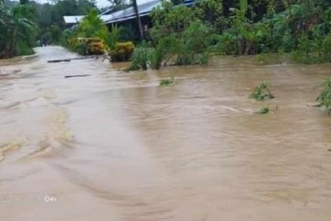 Warga Kapuas Hulu Diminta Waspada Banjir Susulan
