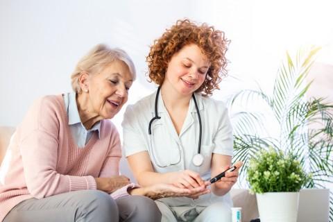 Gejala Hiperglikemia dan Cara Menurunkannya