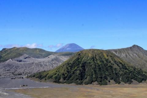 Pendakian Gunung Semeru Dibuka Lagi 1 Oktober