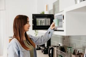 Pro Kontra Penggunaan <i>Microwave</i>