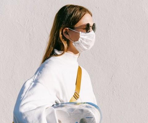 Mengapa Masih Banyak Orang Keluar Rumah Saat Pandemi?