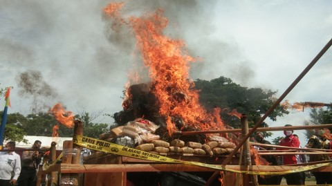 Ratusan Kilogram Narkoba Tangkapan Polda Aceh Dimusnahkan