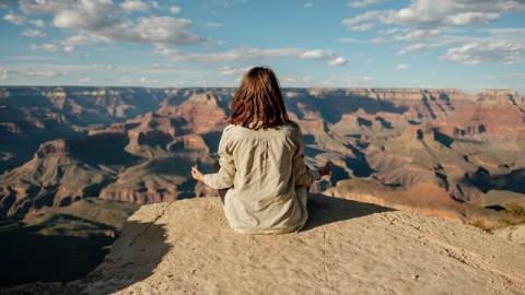 3 Cara Meningkatkan Fokus dan Menghilangkan Stres