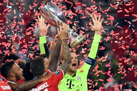 Juara Piala Super Eropa, Muenchen Ukir Quadruple