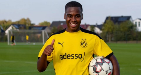 Borussia Dortmund Dapatkan Talenta Muda Manchester City