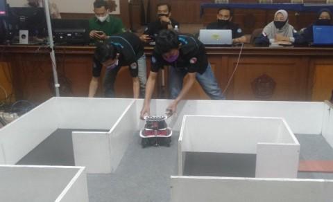 UMS Kirim Tiga Tim ke Kontes Robot Indonesia