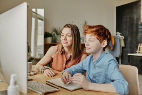 Tips agar Belajar dari Rumah Tak Membuat Orang Tua Stres