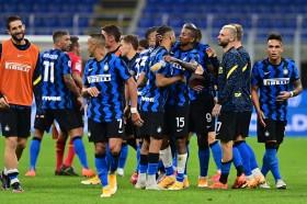 Inter Milan vs Fiorentina: La Beneamata Bungkam Fiorentina