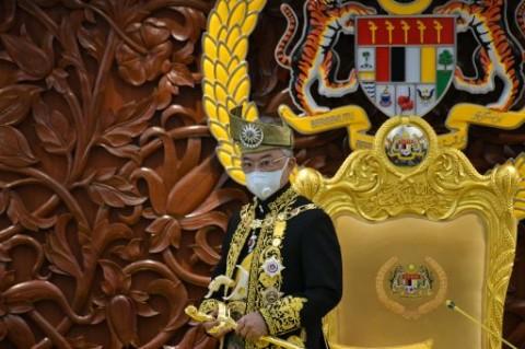 Raja Malaysia Dirawat Karena Keracunan Makanan