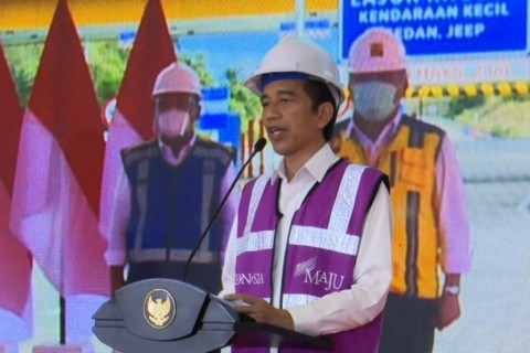 President Jokowi Inaugurates First Toll Road in North Sulawesi Province