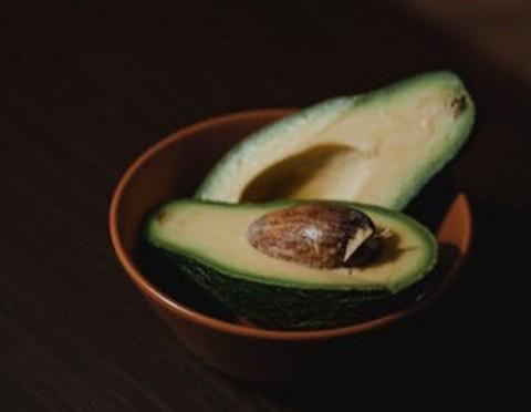 7 Makanan yang Bisa Membersihkan Plak di Pembuluh Darah