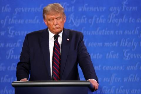 Saat Debat, Trump Tolak untuk Kutuk Kelompok Supremasi Kulit Putih