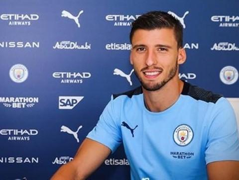 Ruben Dias Resmi Gabung Manchester City