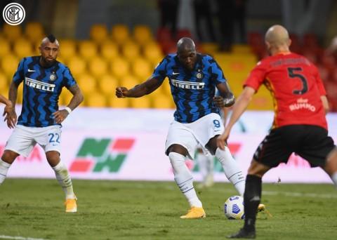 Benevento vs Inter: Hujan Gol dalam Kemenangan Nerazzurri