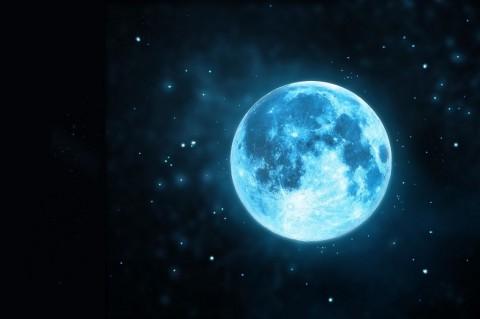 Blue Moon Sapa Penghuni Bumi pada Akhir Bulan Ini