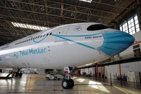 Kampanye Protokol Kesehatan, Pesawat Garuda pun Pakai Masker