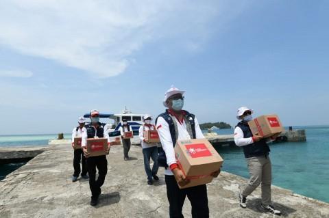 Terdampak Covid-19, Nelayan Kepulauan Seribu Dapat Paket Bantuan