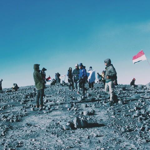 Pendakian Gunung Semeru <i>Full Booked</i>