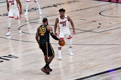 Final NBA: Unggul Lima Bola, Lakers Ungguli Miami Heat 2-0